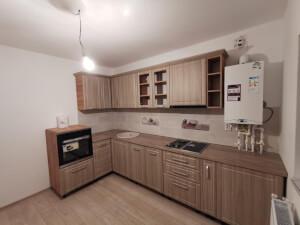 Bucătărie modernă pe colț fără mânere 1