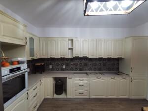 Mobilă bucătărie clasică - imaginea 210