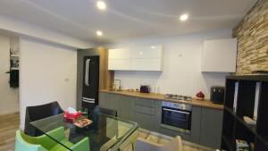Mobilă bucătărie modernă - imaginea 153
