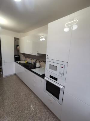 Mobilă bucătărie modernă - imaginea 242