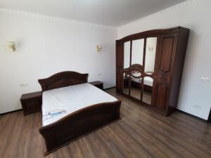 Mobilă dormitor - imagine 23