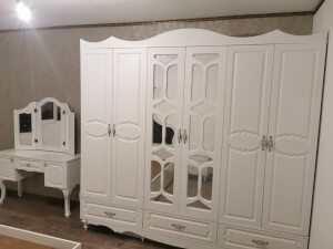 Mobilă dormitor - imagine 37