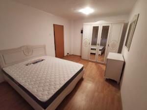 Mobilă dormitor - imagine 39