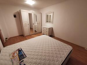 Mobilă dormitor - imagine 41