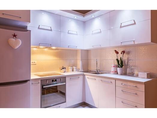 Bucătărie de colț modernă, MDF AGT lucios - model ALENA