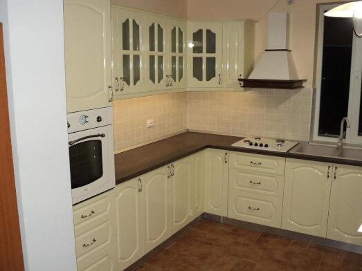 Mobilă bucătărie pe colț - model ANTIC